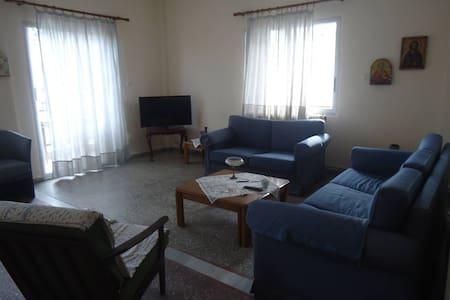 Διαμέρισμα στο κεντρο του χωριού - Selanik - Daire