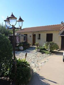 appartamento con piscina - Luri - Villa