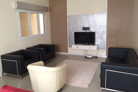 somptueux appartement a mermoz - Dakar - Wohnung