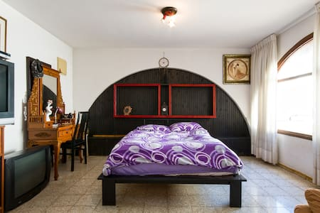 Private rooms in a villa 1 - Kiryat Yam - Casa