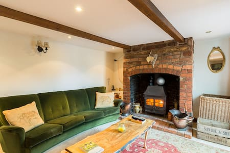 Cosy cottage with woodburner - Cabin