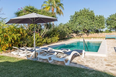 Goret Vell - Charming house with pool and garden - Hus