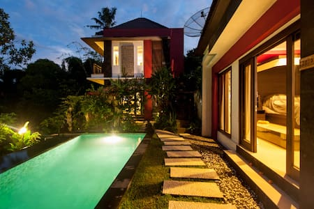 Maison Rouge - (The Chef Studio) - Ubud - Villa