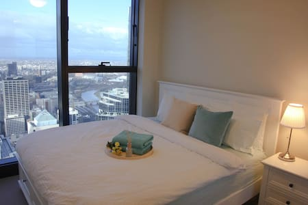 62nd floor 2 bedrooms suite in CBD--River View! - Melbourne - Apartment