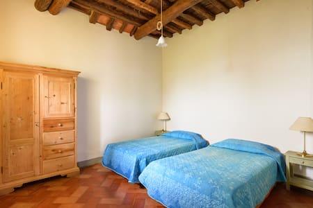 Cacciano Pergine Valdarno Tuscany - Pergine Valdarno - House