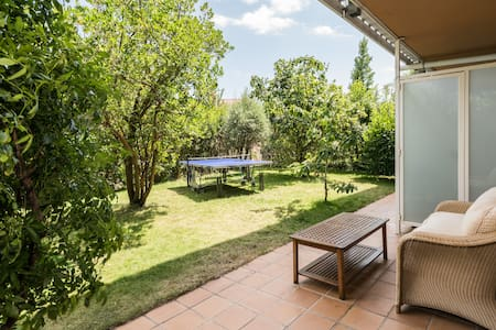 Quiet and bright apartment with big private garden - San Lorenzo de El Escorial - Apartment