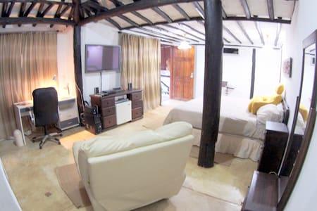 Habitación Matrimonial Vip Service - House