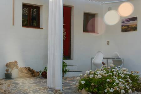 Lovely Casita amongst olive grove. - Wohnung