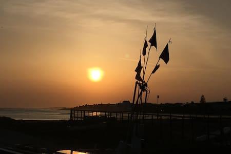 Cullati dal respiro del mare... - Villa