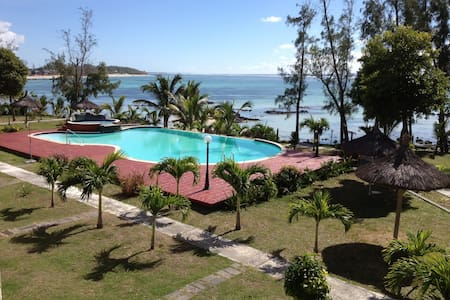 Beautiful seafront villa in Palmar - Quatre Cocos - Villa