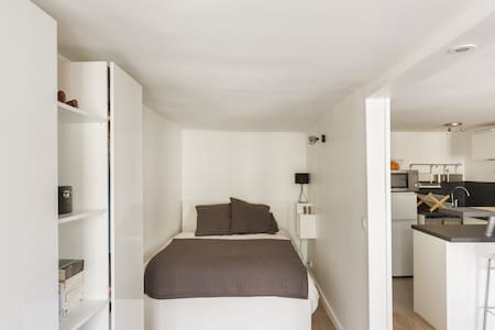 Large and cosy studio-Near Bastille - Paris - Apartment