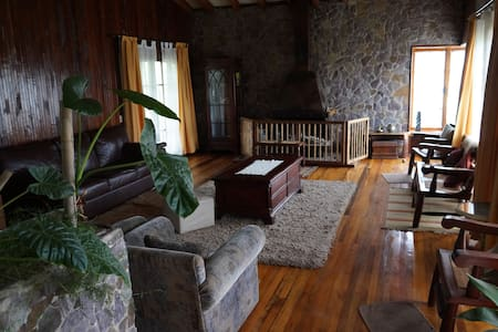 Habitación en Casa de Campo en Limache - Limache - Casa