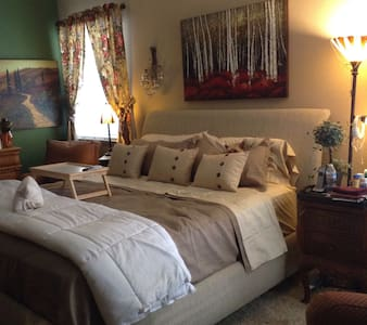 """""""5 Star"""" Reviews! See All Photos. - Bed & Breakfast"""