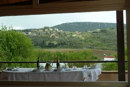 Casa Vacanze Corciano - Corciano - House