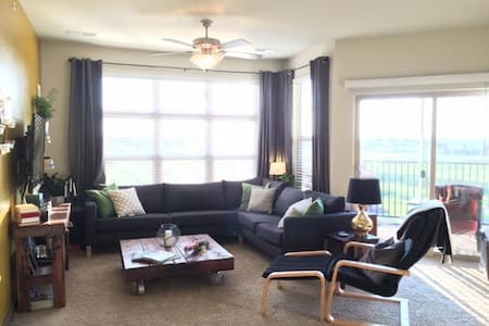 Racing Ready Apartment - Indy 500 Two Bedroom - Fishers