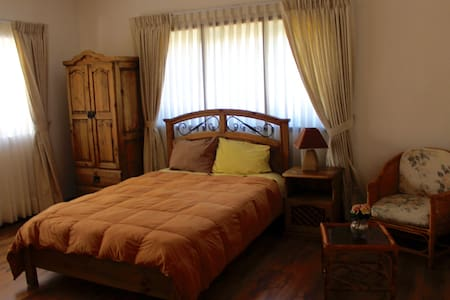 Great location in the heart of Sopocachi - Guesthouse