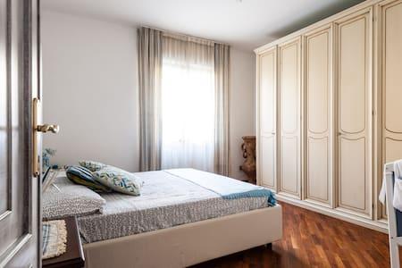Apartment 5 minutes Pisa & Lucca - Wohnung