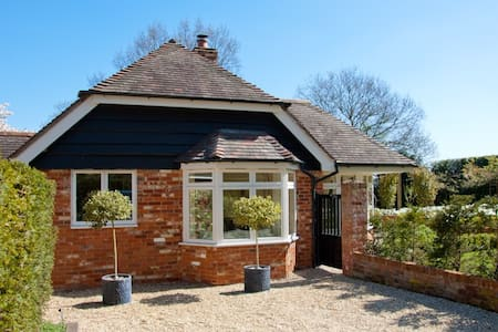 The Granary at Totehill - Tote Hill - Bungalow