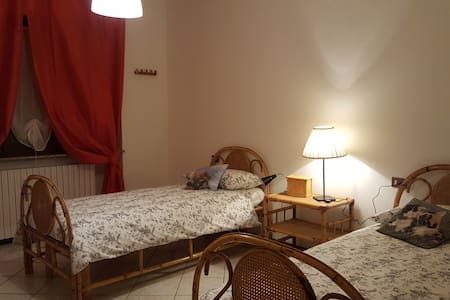 near piacenza's DomusAlquati-Room 2 - Apartment