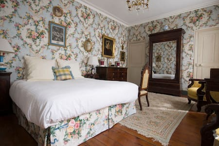 La Maison Bourgeoise, period room - Bed & Breakfast