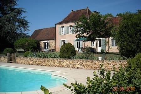 ensemble de 2 maisons avec piscine en Périgord - Limeuil - Huis