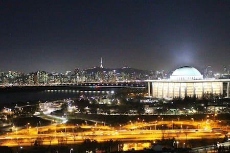 The Fabulous view!! near HongDae(4min) - Yeongdeungpo-gu - Apartment