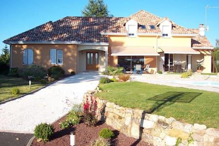 villa du Courboulay - Yvré-l'Évêque