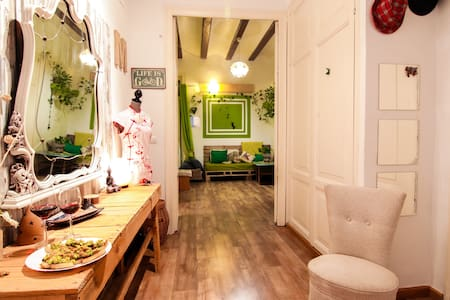 bright in the old town - Valencia - Bed & Breakfast