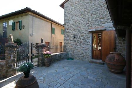 Casa Allinuzza, sleeps 4 guests - Greve in Chianti - Leilighet