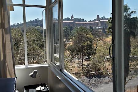Gorgeous view of Union Buildings - Entire flat - Pretoria - Apartment