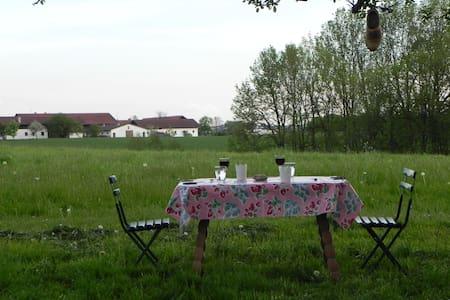 Übernachtung / Urlaub auf dem Bauernhof - Hus