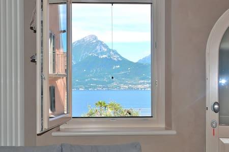 Apartment Lake View Casa Rossa - Leilighet