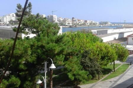 Apart in front of Gandia Beach&Port - Apartmen