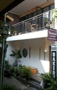 City center house with balcony - Talo