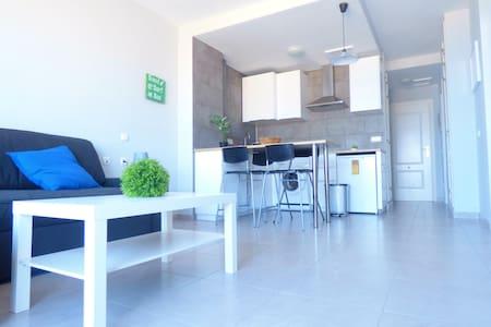 Renovated Apartment in Sotavento Beach - Apartment
