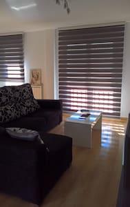 Apartamento moderno y tranquilo cerca de Zaragoza - Lumpiaque