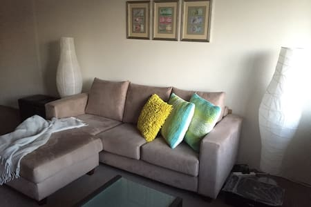 One bedroom apartment in lovely Hurlstone Park - Appartamento