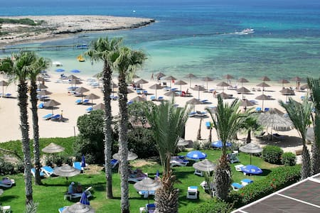Endless blue-Macronissos beach room - Ayia Napa - Apartament