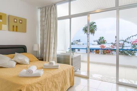 Pissouri Beach Apartments - Studios - Lakás