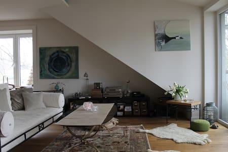Wunderschöne & gemütliche Wohnung - Lejlighed