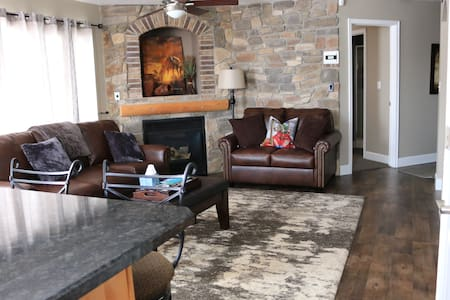 Newly Remodeled Condo! Lakeside! Luxury! - Heber City - Wohnung