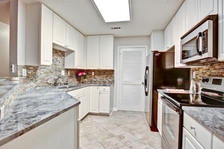 Entire ATL Luxury Condo - Midtown/Downtown - Atlanta - Apartment
