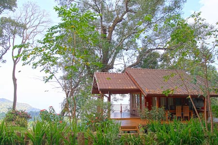 Cozy Cabin w/ Breathtaking View! B - Chiang Dao