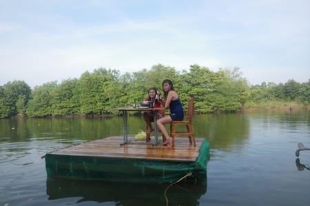 Otres Marina Bungalows+bicycle+kayaks+breakfast - Krong Preah Sihanouk