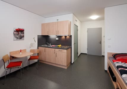 Neat and tidy abode - Kleve