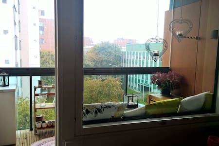New and bright apartment in beautiful Lauttasaari - Apartmen