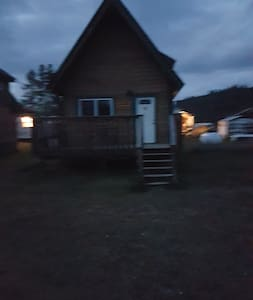 Wolf Pack Chalet - Columbia-Shuswap A - Bungalo