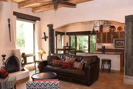 Luxury Taos Villa 3 Bed/3 Bath #9 - Σπίτι