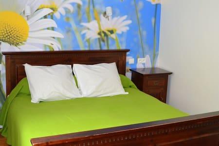 B&B - guestroom Mauzac - 2p (incl. breakfast) - Souillac