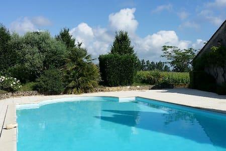 Maison de charme au coeur des vignes du Bordelais - Sainte-Croix-du-Mont
